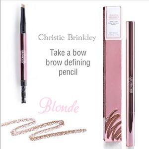 Christie Brinkley brow definer 🧡 Blonde